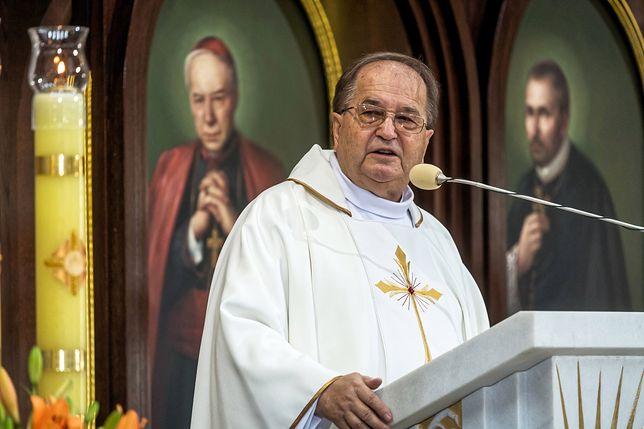 O. Tadeusz Rydzyk uważa, że jego uczelnia powinna być dotowana z publicznych pieniędzy