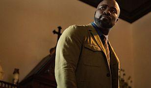 Mike Colter znany z roli Luke'a Cage'a w serialu Netfliksa wcielił się w detektywa od spraw nadprzyrodzonych