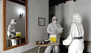 Koronawirus w Polsce. Mieszkańcy Pozezdrza (woj. warmińsko-mazurskie) hejtowali zakażonego SARS-CoV-2 oraz jego rodzinę