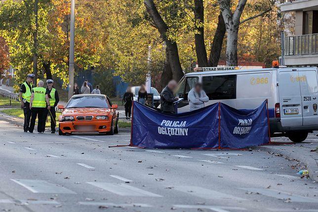 Tragiczny wypadek w Warszawie. Kierowca bwm niewiele pamięta