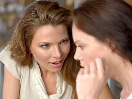 Rozmowy na temat wagi zaniżają samoocenę