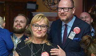 2018 rok. Wybory samorządowe. Wieczór wyborczy prezydenta Gdańska.W centrum Paweł Adamowicz i  jego żona Magdalena.