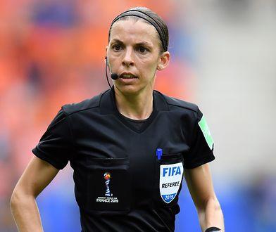 Sędzia piłkarska Stephanie Frappart obrażana przez mężczyzn