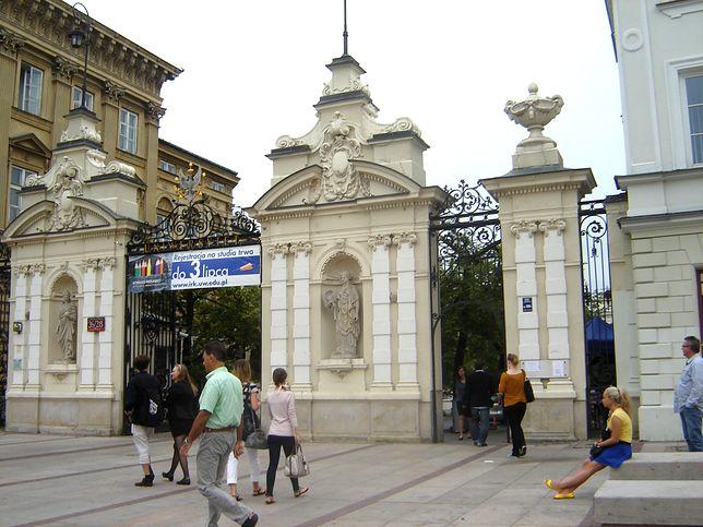 Fotostory: Kampus Główny UW i okolice