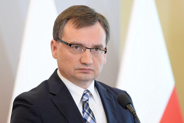 Niespodziewana krytyka Zbigniewa Ziobry. Koleżanka z PiS wytyka mu, że sądy źle pracują