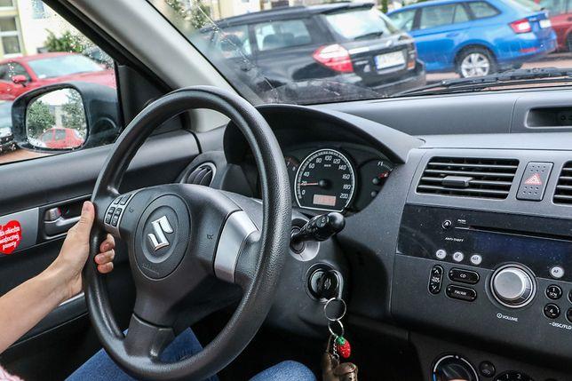 """Kobiety za kierownicą. """"Czasami czuję się jak darmowy szofer"""""""
