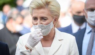 Dożynki Prezydenckie 2020. Agata Kornhauser-Duda w białej garsonce