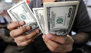 Argentyna ułatwia nabywanie dolarów, ale zachowuje restrykcje