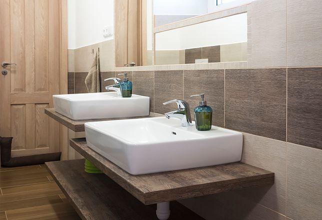 Tradycyjna umywalka do łazienki z szafką zaczyna ustępować miejsca nowocześniejszym rozwiązaniom