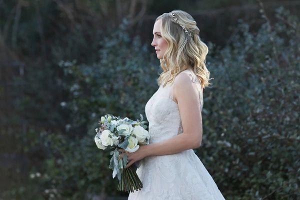 Pamiętniki wampirów sezon 8, odcinek 15: Ślub bierzemy w czerwcu (We're Planning a June Wedding)