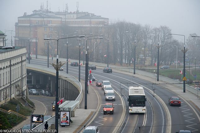 Smog Warszawa - 8 lutego. Sprawdź pomiary w poszczególnych dzielnicach