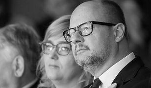 Żona Pawła Adamowicza dostaje wsparcie. Kondolencje płyną z całego świata