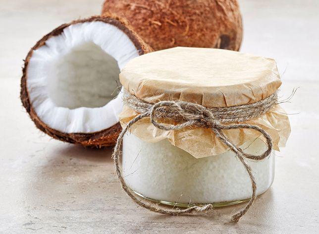 Mus kokosowy sprawdzi się jako dodatek do ciast i deserów.