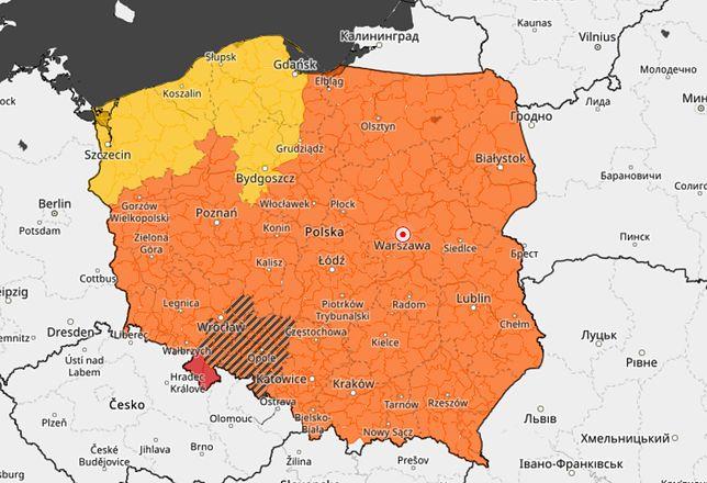 Pogoda wciąż niebezpieczna. IMGW wydał ostrzeżenia dla całej Polski