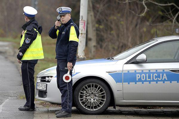 """10 tysięcy policjantów na drogach. Akcja """"Znicz"""" 2013"""