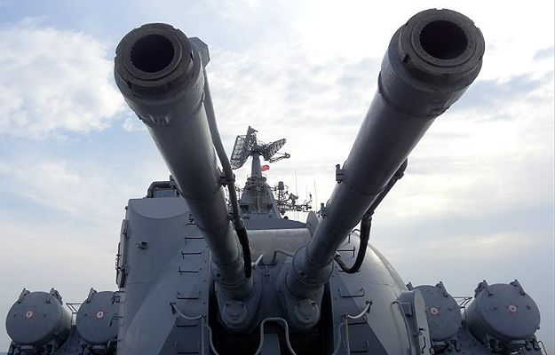 """Konflikt w Syrii. Rosja wykorzystuje rozmowy w Genewie jako """"zasłonę dymną"""". Będą nadal atakować rebeliantów"""