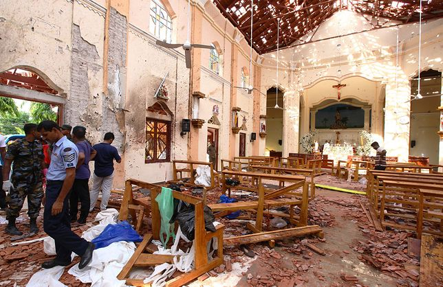 W serii zamachów zginęło 321 osób