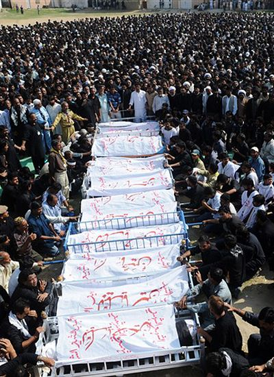 Chaos w Pakistanie po zamachu - 25 osób zginęło