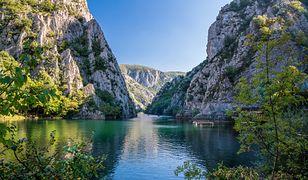 Macedonia nie ma dostępu do morza, ale dysponuje imponującym Jeziorem Ochrydzkim i głębokim Kanionem Matka