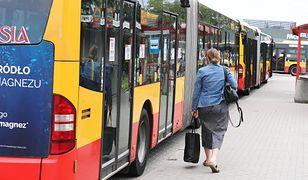Warszawa. Po zerwaniu umowy przez miasto z przewoźnikiem, na ulice nie wyjdzie 78 autobusów