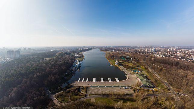 Koronawirus w Polsce. Policjanci grillowali nad Jeziorem Maltańskim