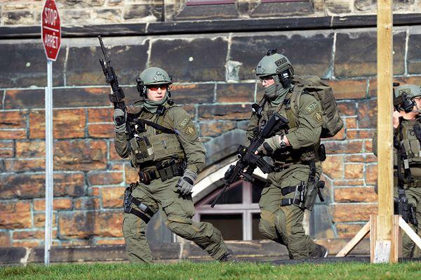 Strzały w parlamencie Kanady. Zmarł ranny żołnierz