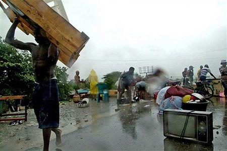 Atak tropikalnego sztormu Noel pustoszy Haiti