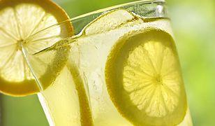 Owocowe orzeźwienie. 10 pomysłów na lemoniadę