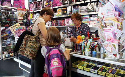 Produkty do szkoły w dyskontach się wyprzedały. To efekt 500+?