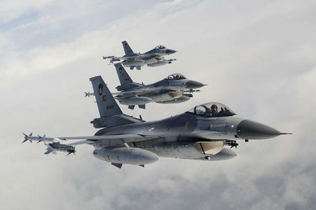 Tureckie F-16