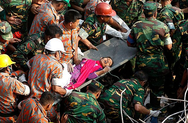 Cudem przeżyła pod gruzami 17 dni - zdjęcia