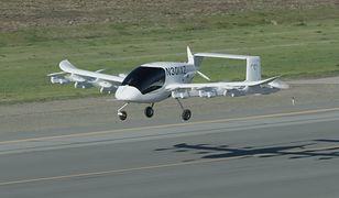 Ten elektryczny samochód-samolot może przebyć nawet 100km na jednym ładowaniu