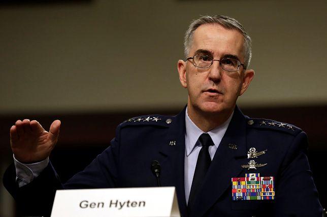 Generał podkreślił, że USA powinny uzupełnić arsenał