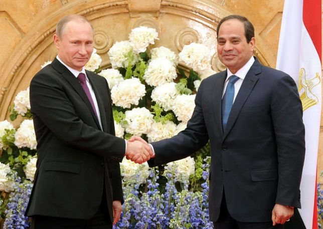 Prezydent Rosji Władimir Putin i prezydent Egiptu  Abdel-Fattah el-Sisi