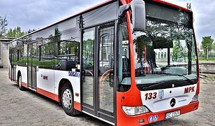 Częstochowa. Miasto zwróci za niewykorzystane bilety uczniów i studentów