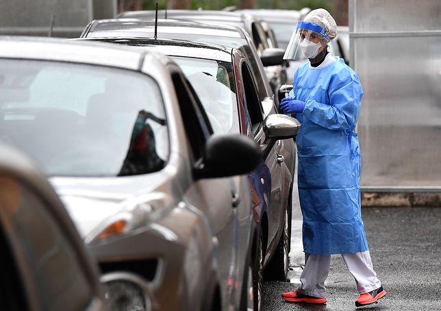 Koronawirus. Francja z gwałtownym spadkiem zakażeń. Pomógł lockdown?
