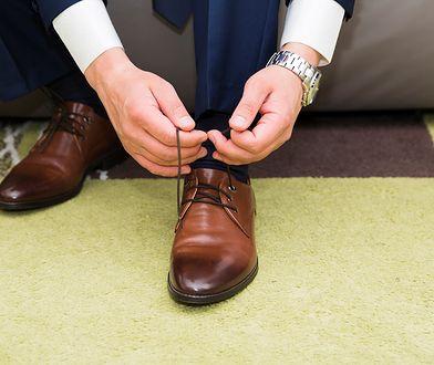 Męskie buty do garnituru — jak doradzić mężczyźnie?