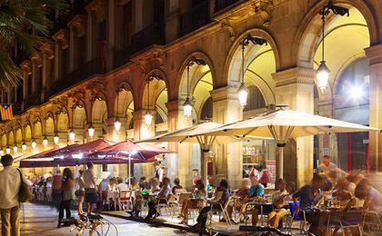 Polacy wydają na restauracje i hotele mniej niż mieszkańcy sąsiednich państw