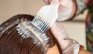 Pasemka i refleksy powiny mieć odpowiedni odcień w stosunku do naturalnego koloru włosów