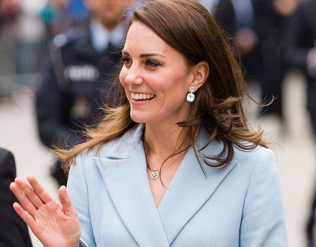 Lekcje etykiety, których nauczyła nas Kate Middleton