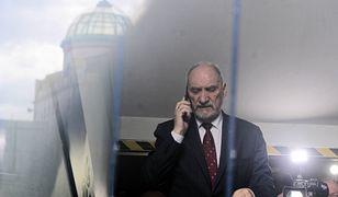 Tomasz Piątek składa zażalenie do sądu. Na umorzenie śledztwa ws. Antoniego Macierewicza.