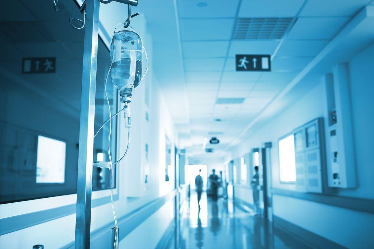 Szpital na Madalińskiego bez patronatu Świętej Rodziny? Krytyczna opinia metropolity warszawskiego