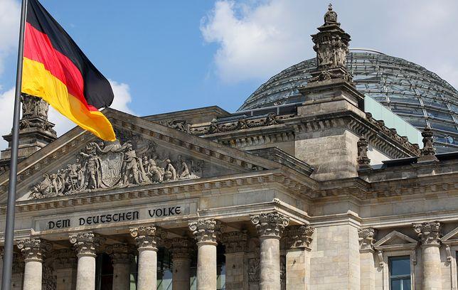 Gigantyczny atak na niemiecki parlament. Wykradziono dane setek polityków i dokumenty partii