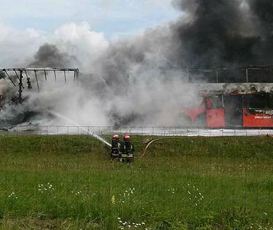 Karambol na autostradzie A4. Auta stanęły w ogniu