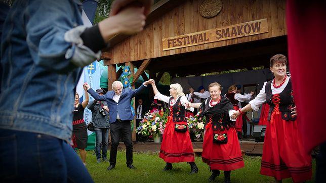 Wicemarszałek Ryszard Terlecki dał się porwać tanecznemu korowodowi