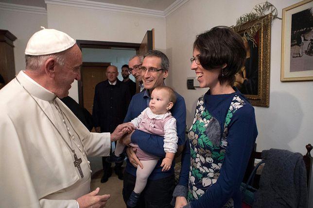 Spotkanie Franciszka z rodzinami byłych kapłanów.