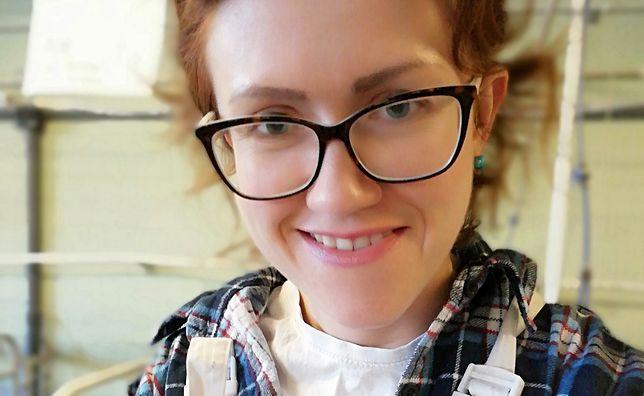 Małgorzata ma 32 lata i pracuje na fermie zwierząt