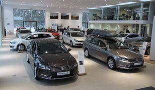 Hamuje rynek kredytów samochodowych
