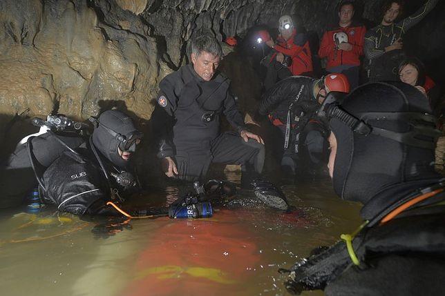Tatry i akcja w jaskini Wielkiej Śnieżnej. Ratownicy jaskiniowi z chorwackiej grupy HGSS (na zdjęciu), byli gotowi pomóc TOPR