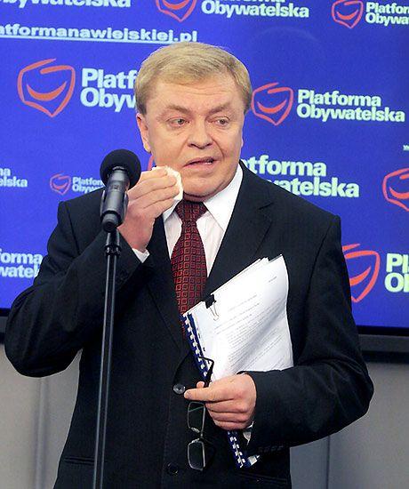 Politycy w szponach hazardu - zdjęcia